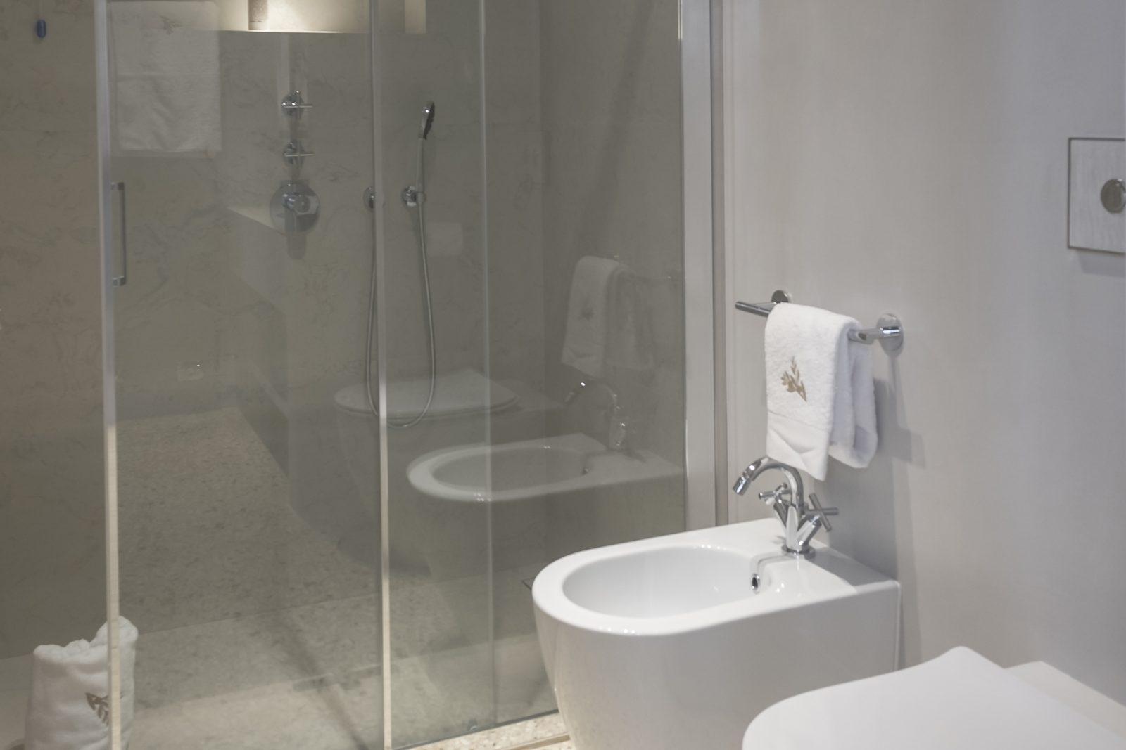 venezia-appartamento-coriandolo-bagno-palazzo-morosini