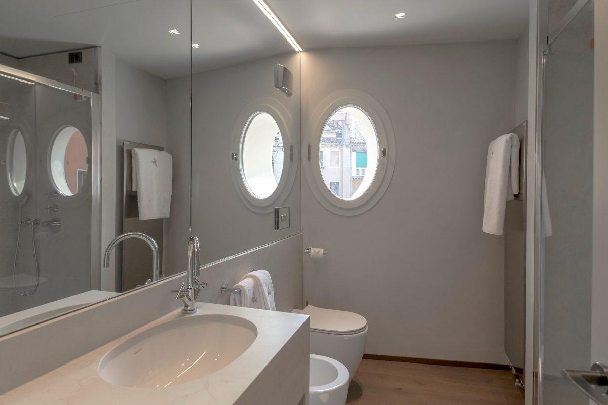 bagno-appartamento-anice-venezia-palazzo-morosini-design