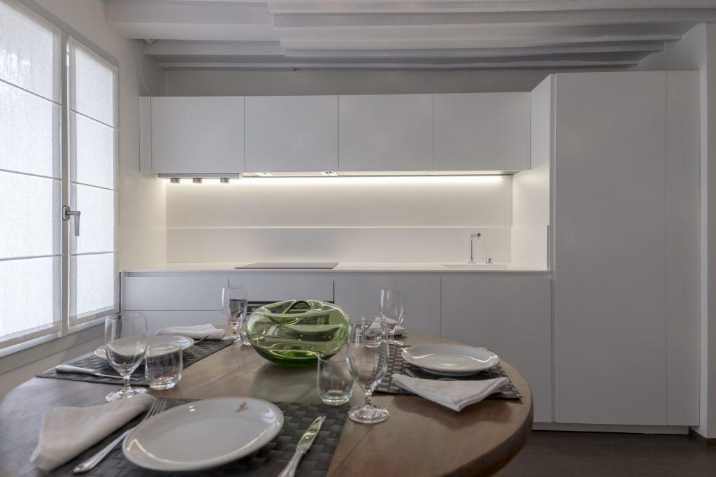 cucina-appartamento-rabarbaro-venezia-palazzo-morosini-design