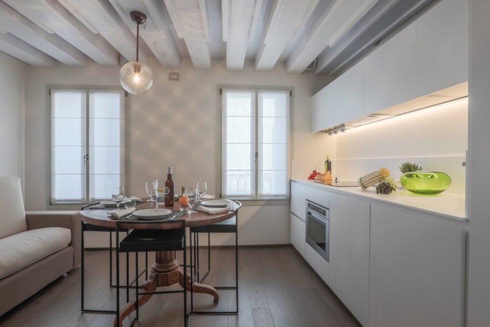 cucina-appartamento-rabarbaro-design-venezia-palazzo-morosini